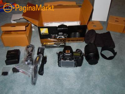 Nikon D7000 DSLR Camera Kit with Nikon 18-105mm