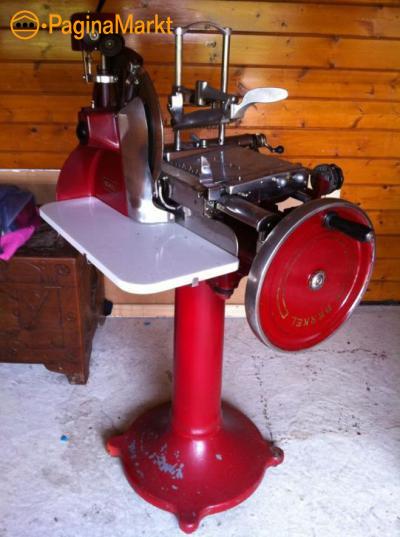 gezocht snijmachine met handwiel berkel