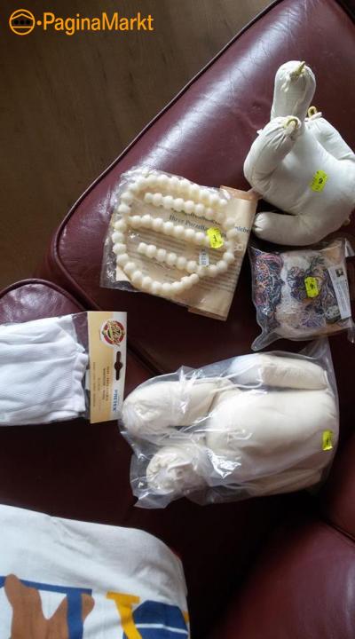 Verhuisdoos vol om poppen te maken