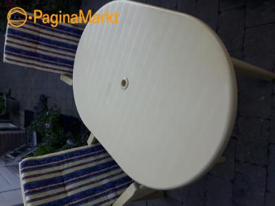 Tuintafel +2 stoelen kunststof