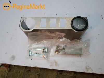 instrumenten / schakelaar paneel inc klok