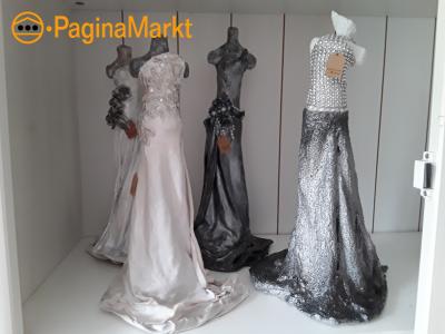 Sculptuur jurk wit 30 cm