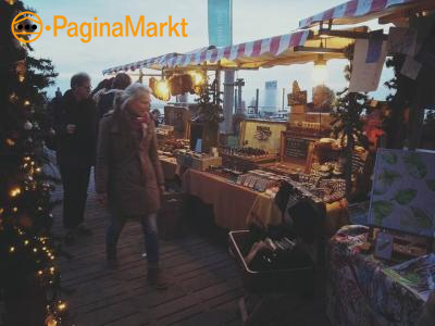Kraamhouders kerstmarkt Strandpaviljoen San Blas