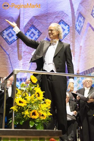 Dirigent met veel ervaring aangeboden