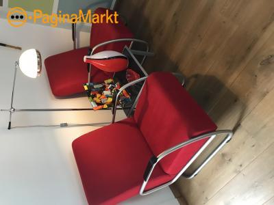 Rode ribcord stoelen