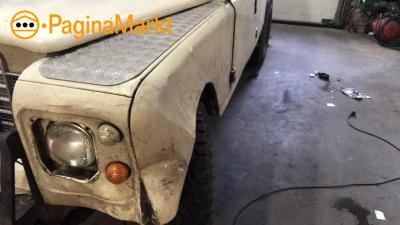 Zijscherm links kompleet Land Rover Santana serie 3